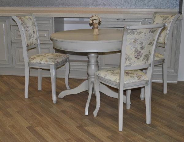 Недорогие деревянные стулья от производителя.